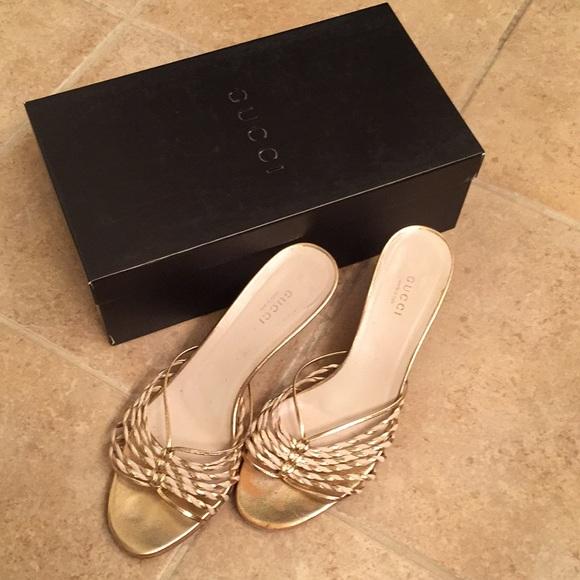 5936fccfe5967 Gucci Shoes   Gold And Cream Slide Sandals 365   Poshmark